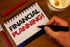 词文字文本财政规划诱导电话 认为的计划战略的企业概念分析手掌握黑色 库存图片