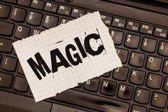 词文字文本魔术 影响使用神奇或超自然的力量的事件的力量的企业概念 图库摄影