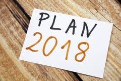 词计划在稠粘的笔记写的2018年 免版税库存图片