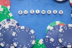 词`与纸牌筹码的企业` 免版税库存图片