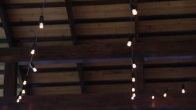 诗歌选在屋顶下 影视素材