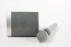 话筒和报告人音乐和讲话的 免版税库存图片