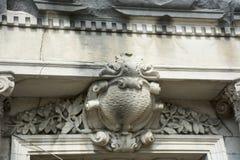 详细石雕刻在入口上 库存照片