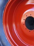 详细资料拖拉机轮子 免版税库存图片