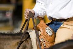 详细资料西部设备的骑马 免版税库存图片