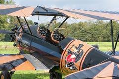 详述一架历史飞机的驾驶舱的看法 库存照片