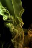 详述多彩多姿的烟 免版税图库摄影