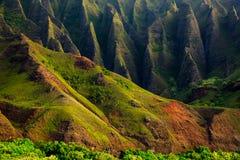 详述Na梵语坚固性峭壁风景视图,考艾岛 免版税库存图片