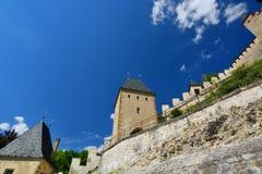 详细资料 Karlstejn城堡 cesky捷克krumlov中世纪老共和国城镇视图 库存图片