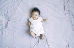 说谎的女婴14 免版税图库摄影