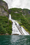 请愿者瀑布,盖朗厄尔峡湾,挪威 图库摄影