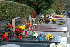 诸圣日天, Mirogoj公墓在萨格勒布 免版税库存照片