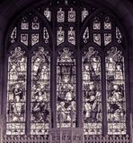 诸圣日教会彩色玻璃东部窗口BW 免版税库存图片
