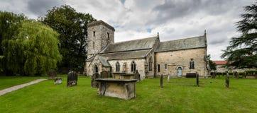 诸圣日教会-教会- Hovingham -英国教会-北部Yorkshir 免版税库存照片