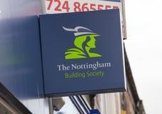 诺丁汉在大街上的建房互助协会标志-斯肯索普 免版税图库摄影