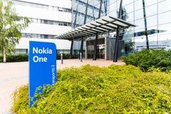 诺基亚在一个蓝色标志的名牌2017年9月16日 免版税库存照片