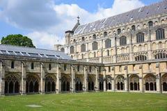 诺威治大教堂修道院&周年纪念迷宫,诺福克,英国 免版税库存照片
