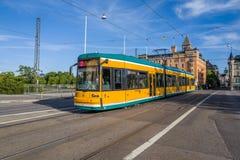 诺尔雪平,瑞典著名黄色电车  图库摄影