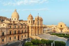 诺托大教堂教会的风景看法,巴洛克式的建筑学,西西里岛,意大利的例子 免版税图库摄影