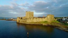 诺曼底城堡在贝尔法斯特附近的Carrickfergus 股票视频