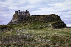 诺森伯兰角圣洁海岛城堡英国 库存图片