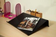 读书桌场面 免版税图库摄影