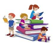 读在巨大的堆的孩子的传染媒介例证书 皇族释放例证
