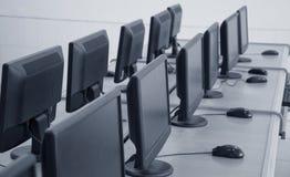 课堂计算机计算机行学校 库存图片