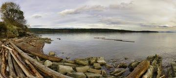 调动海滩全景在温哥华岛, BC,加拿大 免版税库存图片