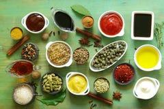 调味汁和香料的不同的类型 免版税库存照片