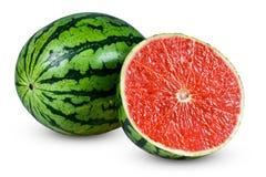 调味葡萄柚的新鲜的整个水多的切的西瓜 背景查出的白色 免版税库存图片