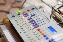调平器声音的记录和再生产的设备幻灯片 库存照片