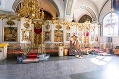 调解大教堂的内部在Zverin Pokrovsky Monas 图库摄影