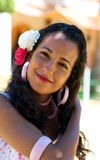 调整礼服宗教节日头发西班牙语妇女 免版税库存照片