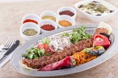 谄媚iskender kebab土耳其 免版税库存照片