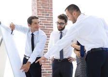 谈论企业的队一个新的想法 免版税库存图片