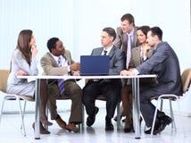 谈论企业的队一个新的经营计划 免版税库存图片
