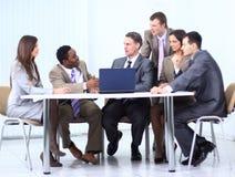 谈论企业的队一个新的经营计划 图库摄影