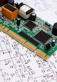 说谎在电子,技术图的电路板  免版税库存图片