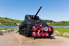 谢尔曼坦克Slapton铺沙美国军人的德文郡纪念品 库存图片