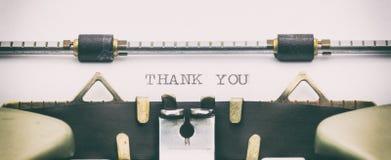 谢谢用大写字母措辞在打字机板料 库存照片