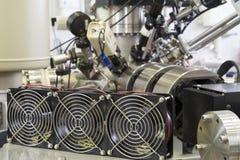 质谱仪在核实验室 免版税库存图片