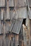 谷仓盖垂直的木头 免版税库存照片