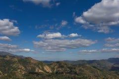 谷和泰国的美丽的天空的风景 库存图片