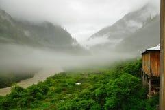 谷和雾 库存图片