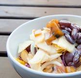 谷物新鲜的健康沙拉 库存图片