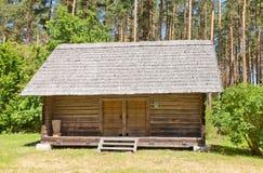 谷仓大约1932年在拉脱维亚的民族志学露天博物馆 免版税图库摄影