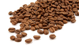豆咖啡查出溢出 免版税库存照片