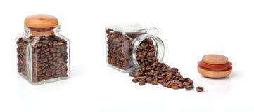 豆咖啡瓶子 免版税库存图片