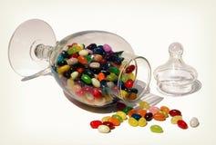 豆形软糖瓶子 免版税库存图片